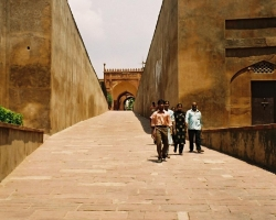 agra_fort_F1000007