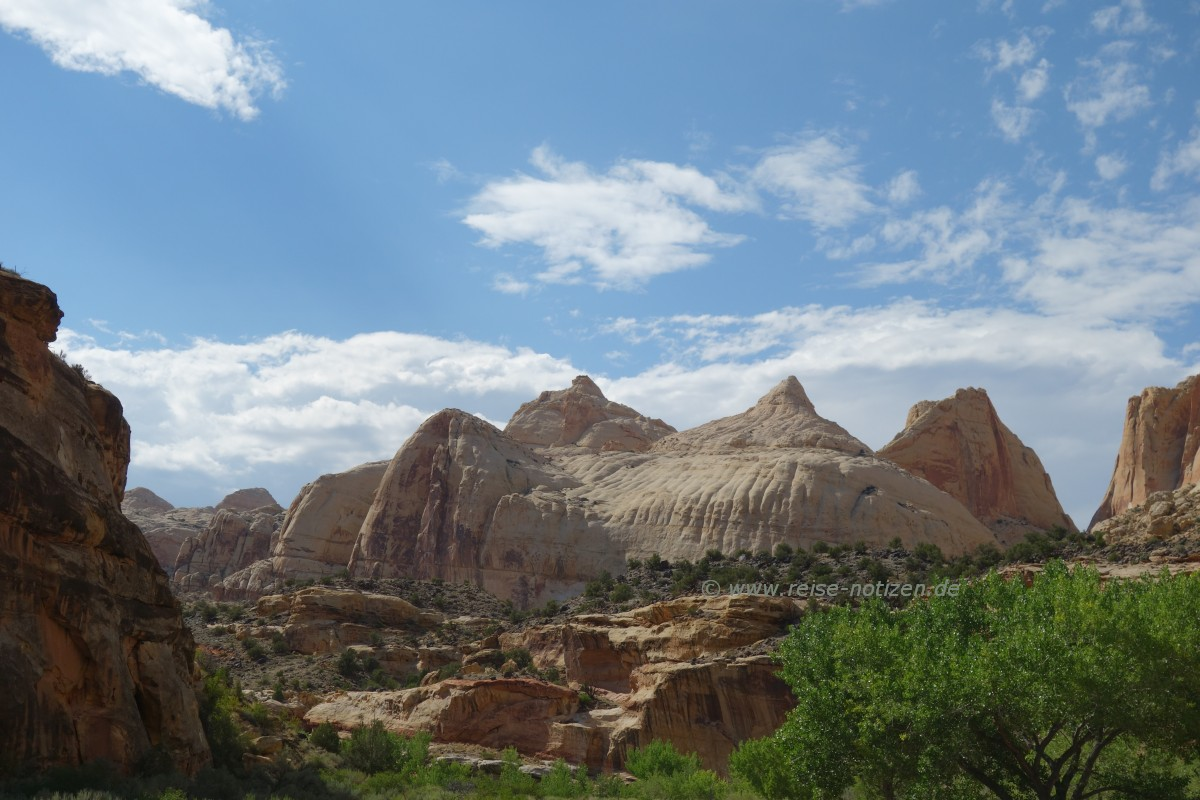 On the road - hier Capital Reef